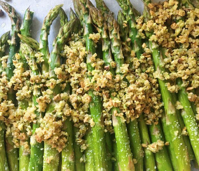 How To Cook Asparagus: Crispy Roasted Asparagus